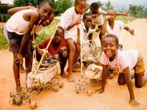 La Fondation d'Entreprise Artelia en 2012 dans E-LA FONDATION ET NOUVELLES DE SOGREAH ARTELIA AFRIQUE-Enfants-300x225